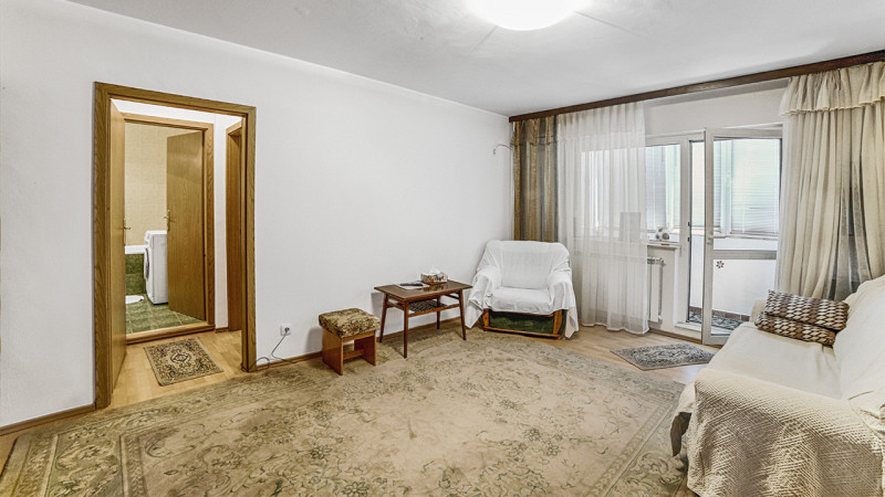 Aviatiei/ metrou Aurel Vlaicu, apartament 2 camere, etaj 2/4, mobilat/ utilat