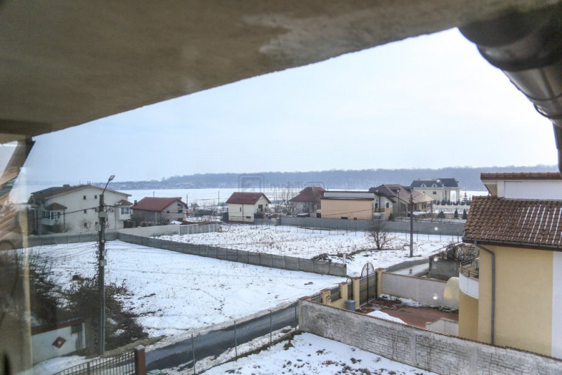 Lacul Cernica, vila moderna, 7 camere, 450 mp, mansarda locuibila, teren 960 mp