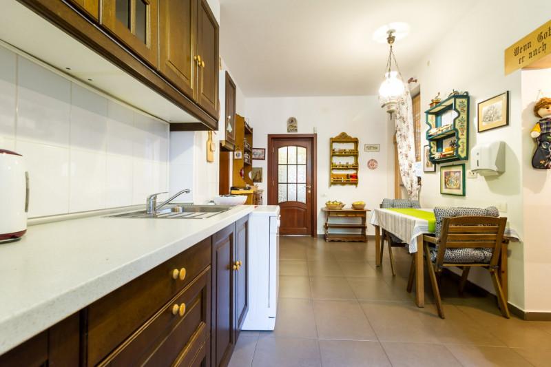 Dorobanti/ Capitale, apartament 5 camere, 180 mp, etaj 2/3, terasa, garaj