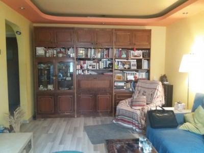 Drumul Taberei, apartament 3 camere, decomandat, P/4, pretabil cabinet /locuinta