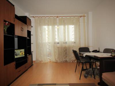Apartament decomandat 2 grupuri sanitare , 2 balcoane , bloc 1979