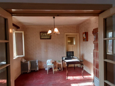 Matei Voievod casa pe pamant  parter 50 mp,doua camere,baie, bucatarie , pivnita