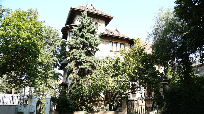 Kiseleff, vila stil neoromanesc, cel mai mare lot de teren din zona,strada unica