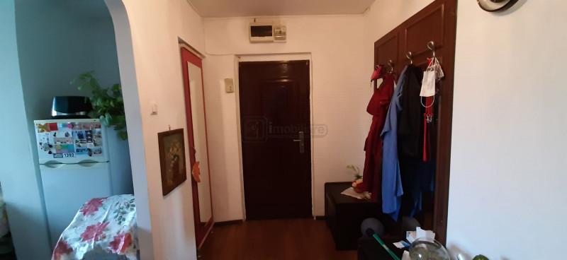 Drumul taberei Parva apartament 3cam dec. 3/4 +boxa la demisol