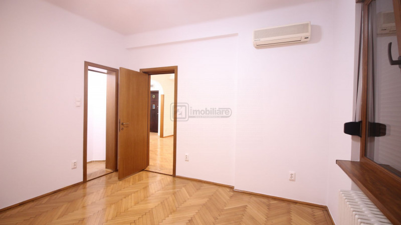 Luterana - Radisson, apartament cochet, 62 mp, hoch-parter/5, renovat, boxa