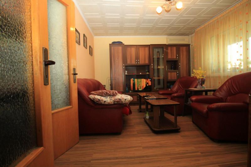 Drumul Taberei  Chilia veche apart. 3 camere confort1, 5/10 reabilitat