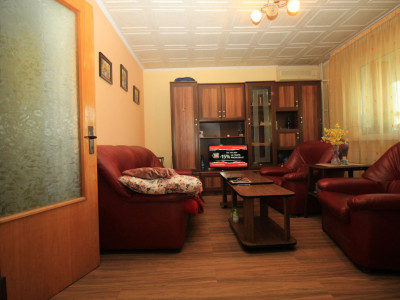 Drumul Taberei Liceul Lovinescu apart 3 camere confort 1, 5/10 reabilitat