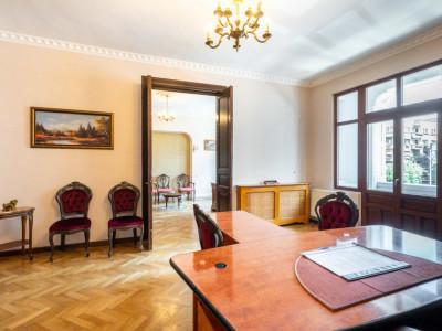 Vanzare Apartament  5 Camere - Lascar Catargiu-Romana