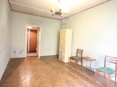 Primaverii/Tolstoi, apartament 2 camere, 2 balcoane,luminos,etaj 2/3, zona verde