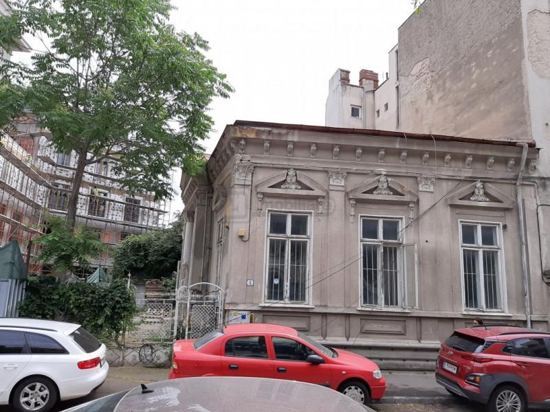 Teren cu AUTORIZATIE DE CONSTRUIRE S+P+2E+3ER+Mansarda - zona LASCAR CATARGIU