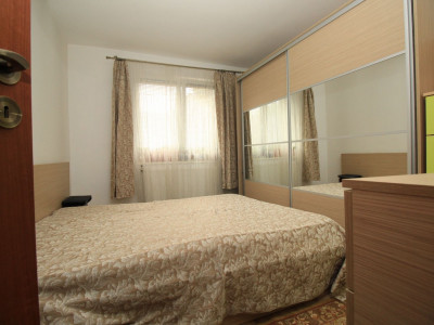 Apartament 4cam.p/10, amenajat complet,centrala, reabilitat, parcare