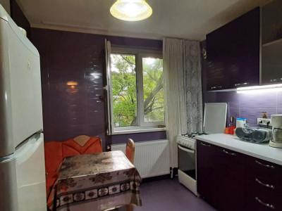 Apartament decomandat 3/4, renovat, finisat